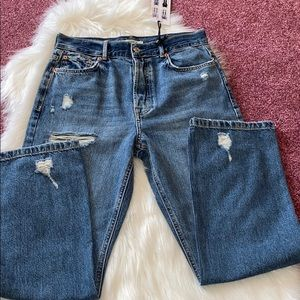 New without price tag forever 21 jeans